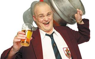 Al-Murray-Pub-Landlord